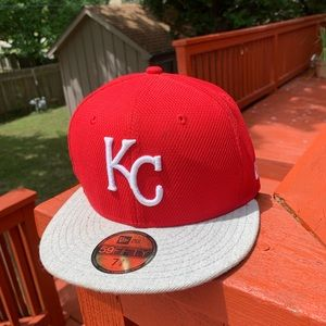 KC fitted hat